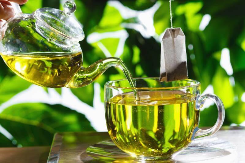 ჭამეთ უმი ბოსტნეული და სვით მწვანე ჩაი