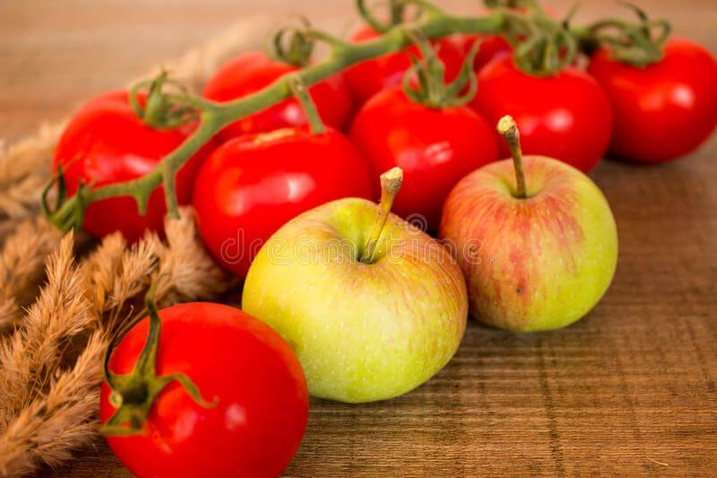 ვაშლი და პომიდორი ფილტვების სამსახურში