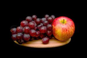 ვაშლი მეხსიერებას აძლიერებს, შავი ყურძენი კი სიმსივნეებისგან გვიცავს